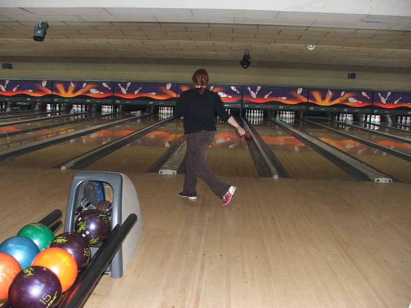 Are Bowling Lanes Flat What The Rules Say Bowling Overhaul